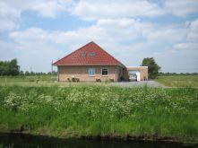 Bungalow in Wiesmoor  - Wiesederfehn
