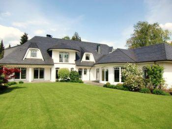 Villa in Hamburg  - Schnelsen