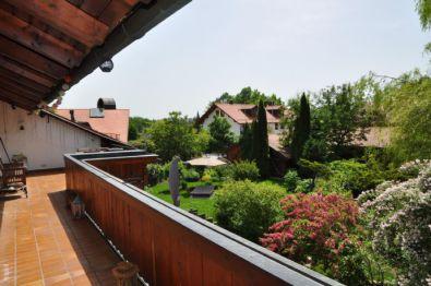 Dachgeschosswohnung in Berg  - Maxhöhe