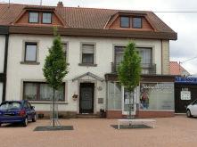 Wohn- und Geschäftshaus in Weiskirchen  - Weiskirchen