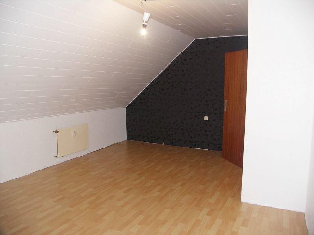 Gem�tlichkeit Dachgeschoss Gartennutzung - Wohnung mieten - Bild 1