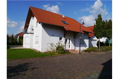 RE MAX Beautiful house close to RAB - Haus mieten - Bild 1