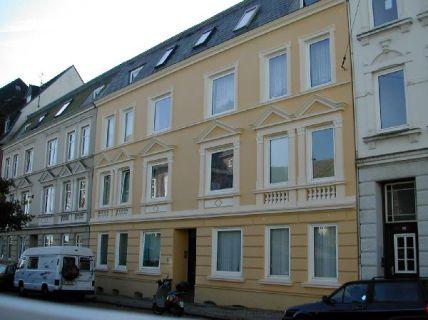 3-Zimmer-Wohnung, Ritterstraße 28 (DG)