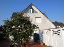 Doppelhaushälfte in Klein Offenseth-Sparrieshoop