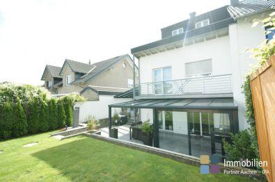 Doppelhaushälfte in Würselen  - Broichweiden