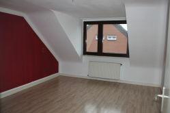 Dachgeschosswohnung in Duisburg  - Friemersheim