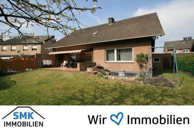 Zweifamilienhaus in Schloß Holte-Stukenbrock  - Schloß Holte