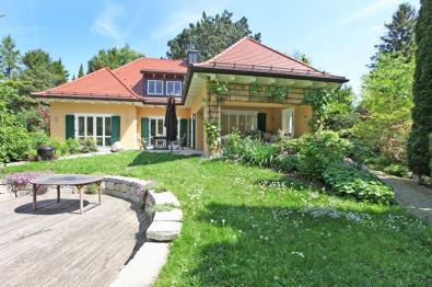 Villa in München  - Bogenhausen