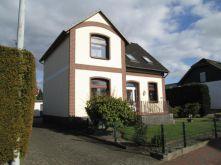 Mehrfamilienhaus in Holm
