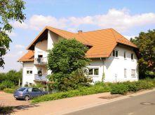 Dachgeschosswohnung in Biedesheim