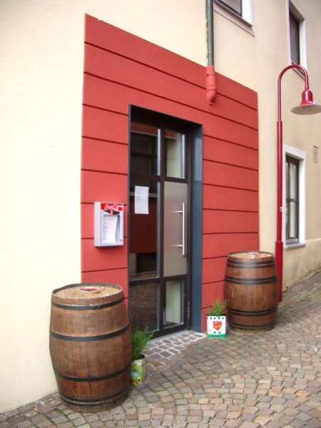 Attraktive Laden B�roeinheit Fu�g�ngerzone v Ellwangen - Gewerbeimmobilie mieten - Bild 1