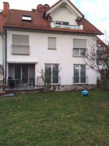 Besondere Immobilie in Friedrichsdorf  - Seulberg