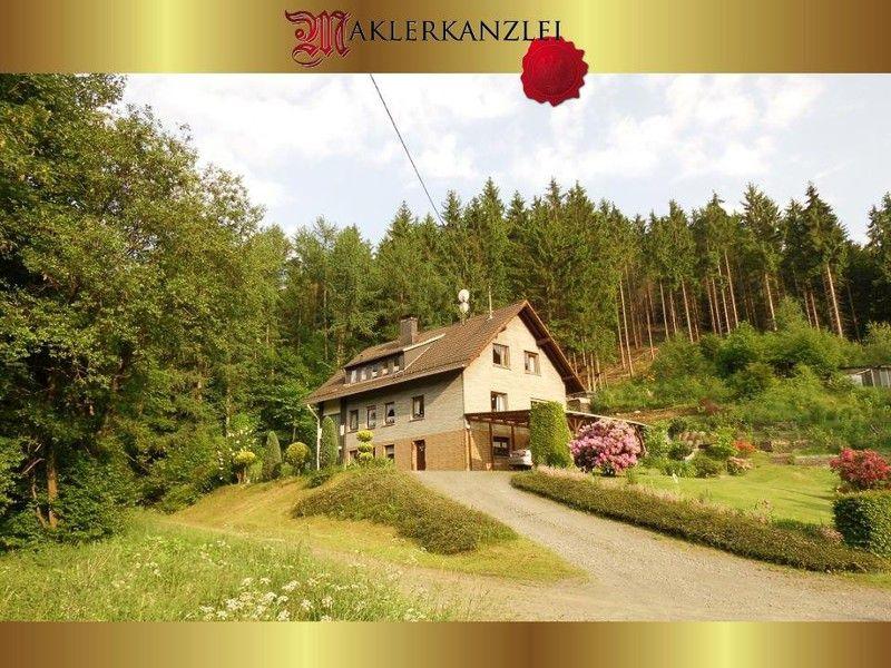 NEU Gro�z�giges Ein Zweifamilienhaus sch�ner Lage - Haus kaufen - Bild 1