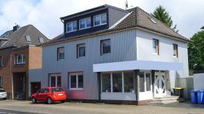Mehrfamilienhaus in Düren  - Lendersdorf