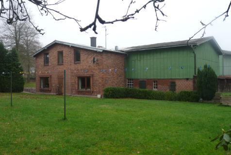 Ländliches Anwesen - Tierhaltung -  Handwerker - oder Wohnen für die...