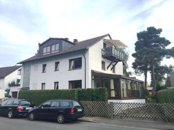 Dachgeschosswohnung in Schwaig  - Schwaig