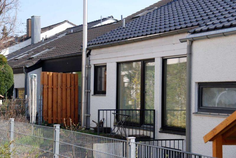 Wohnen Haus Attraktives REH Fellbach EBK Garten Terrasse Garage H - Haus mieten - Bild 1