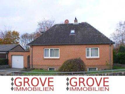 1 Familienhaus mit Garage in 23570 Lübeck - Travemünde