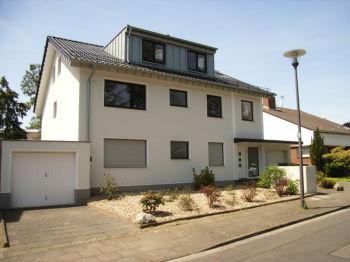 Dachgeschosswohnung in Köln  - Rodenkirchen