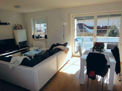 Helle 3 Zi.-Wohnung mit Südbalkon in Schwaig
