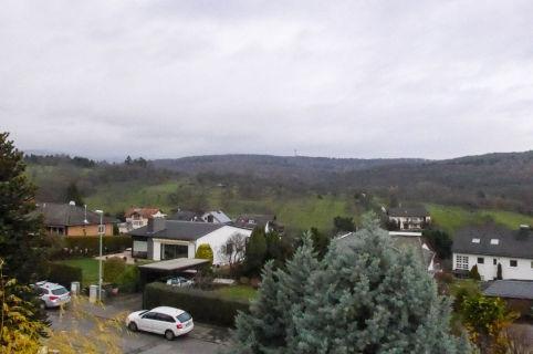 Bad Soden: Einfamilienhaus in naturnaher Lage im Alleinauftrag zu verkaufen