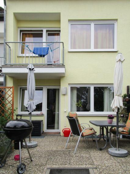 Usingen: Reihenmittelhaus ca 120m² zur Zeit vermietet Baujahr 1984