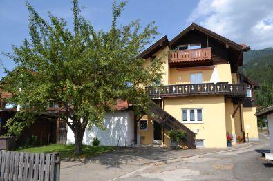 Zweifamilienhaus in Garmisch-Partenkirchen  - Partenkirchen
