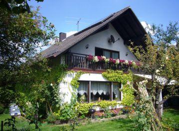 Einfamilienhaus in Gladenbach  - Erdhausen