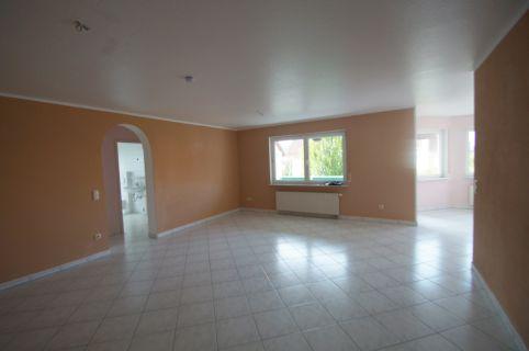 Moderne 3 Zimmerwohnung im ruhigen Haus