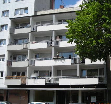 KL - Nähe Messeplatz  - komplett renovierte 3 Zimmer-Wohnung