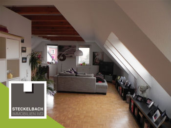 Dachgeschosswohnung in Köln  - Weiß