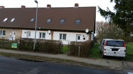 Doppelhaushälfte in Altenpleen  - Günz