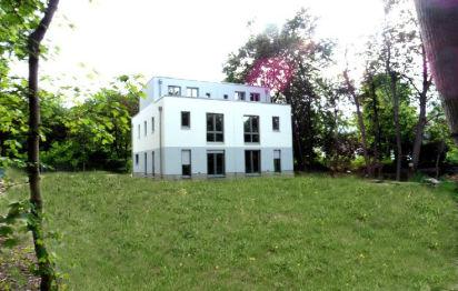 Doppelhaushälfte in Berlin  - Altglienicke