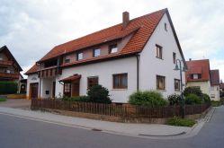 Zweifamilienhaus in Deckenpfronn