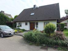 Dachgeschosswohnung in Langenfeld  - Richrath