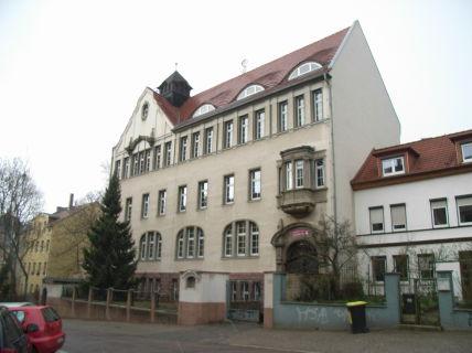 Attraktives ehemaliges Schulgebäude (Einzeldenkmal) in bester Wohnlage...