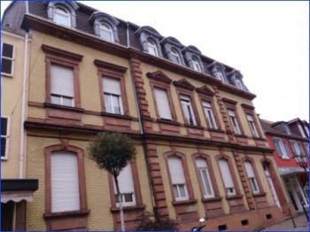 Dachgeschosswohnung in Homburg  - Homburg