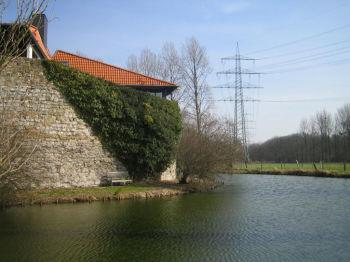 Dachgeschosswohnung in Düsseldorf  - Angermund