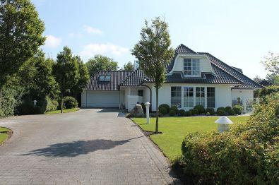 Villa in Husum  - Schobüll