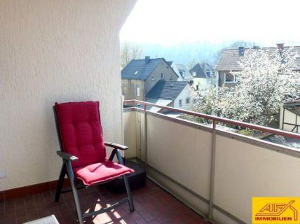 Wohnfreundliche 3-Zimmerwohnung mit Süd-Westbalkon und Einbauküche!