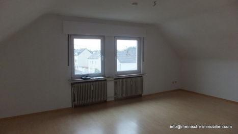 Dachgeschosswohnung in Troisdorf  - Spich