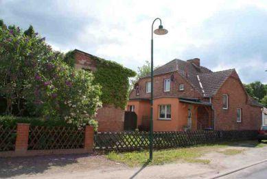 Zweifamilienhaus in Mark Landin  - Schönermark
