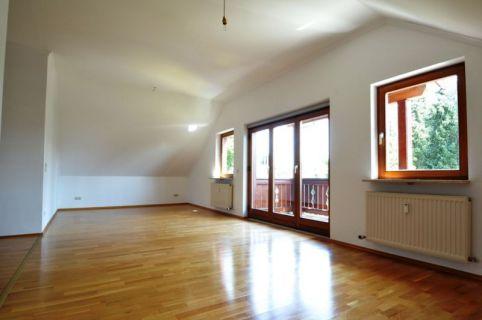 4-Zimmerwohnung für Verwöhnte am Maxhof