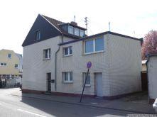 Mehrfamilienhaus in Köln  - Lövenich