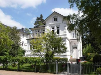 Villa in Hamburg  - Groß Flottbek