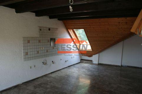 Große 3-ZKB DG-Wohnung in Homburg-Einöd! *120qm* *ruhig* *Marmor* *Balkon*
