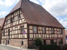 Zweifamilienhaus in Cadolzburg  - Cadolzburg