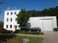 Büro- und Lagergebäude in Hamburg  - Rahlstedt